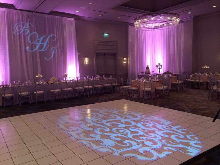 Head Table Monogram Lighting || FREE shipping nationwide with Rent My Wedding.  Easy DIY setup for all rentals.